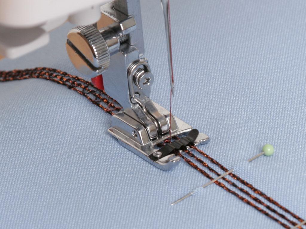 Лапка для вышивки шнуром 97